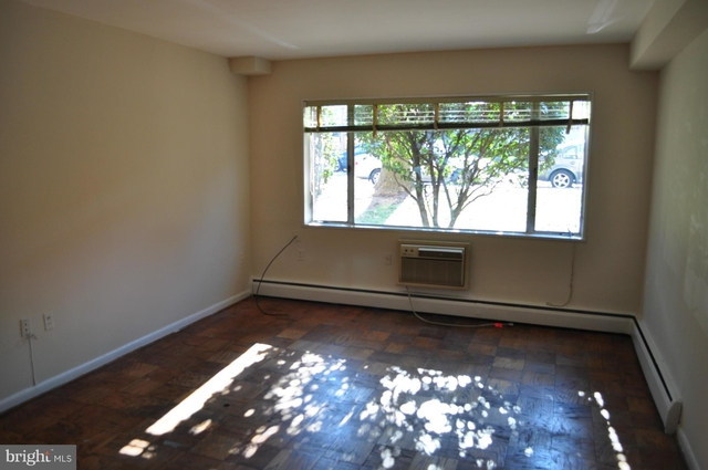 1 Bedroom, North Rosslyn Rental in Washington, DC for $1,595 - Photo 2