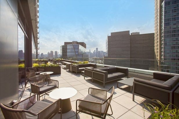 Studio, Long Island City Rental in NYC for $2,709 - Photo 1
