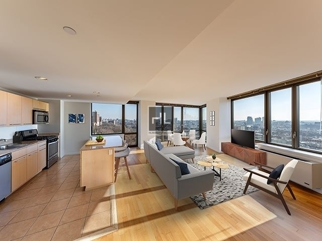 3 Bedrooms, Morningside Heights Rental in NYC for $6,255 - Photo 1