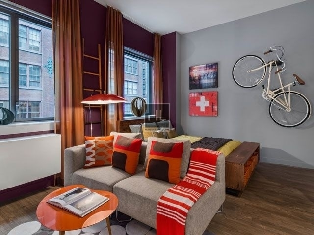 2 Bedrooms, Chelsea Rental in NYC for $7,815 - Photo 1