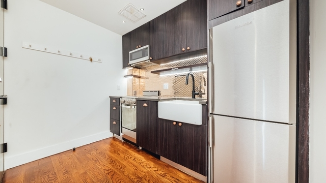 3 Bedrooms, Crown Heights Rental in NYC for $3,750 - Photo 1