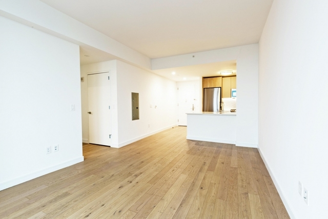 1 Bedroom, Long Island City Rental in NYC for $3,715 - Photo 2