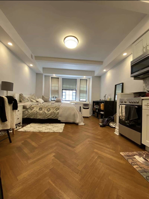 Studio, Theater District Rental in NYC for $2,196 - Photo 2