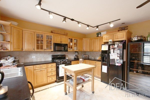 2 Bedrooms, North Slope Rental in NYC for $5,000 - Photo 1