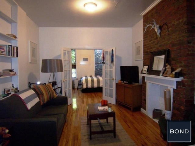 1 Bedroom, Lower East Side Rental in NYC for $2,325 - Photo 2