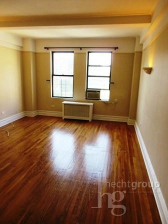 2 Bedrooms, Manhattan Valley Rental in NYC for $6,095 - Photo 1