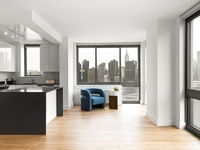 1 Bedroom, Hunters Point Rental in NYC for $3,660 - Photo 2