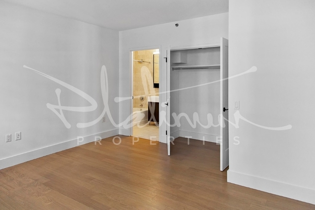 1 Bedroom, Financial District Rental in NYC for $3,792 - Photo 2