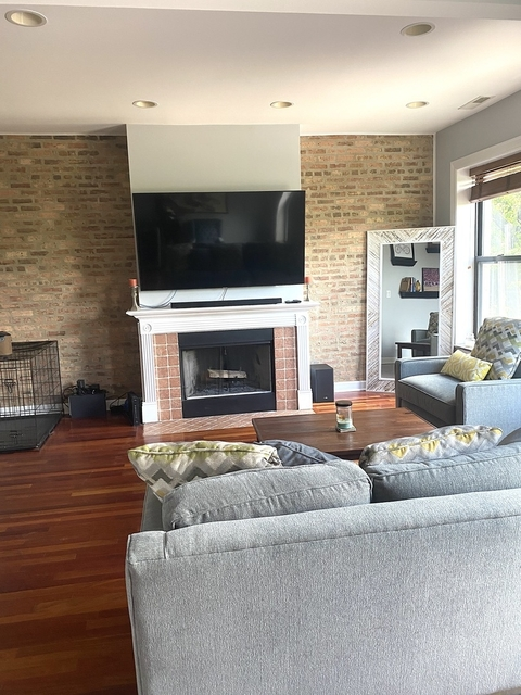 2 Bedrooms, Sheridan Park Rental in Chicago, IL for $2,800 - Photo 2