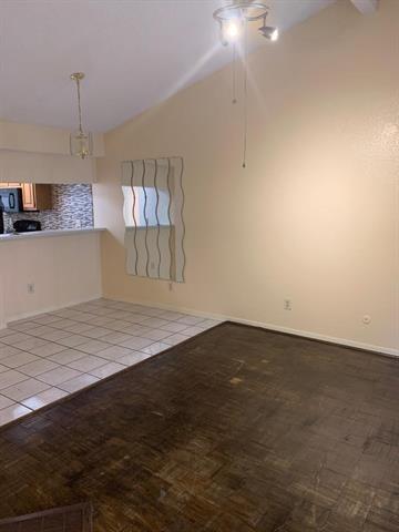 2 Bedrooms, RANDCO Rental in Dallas for $1,295 - Photo 1