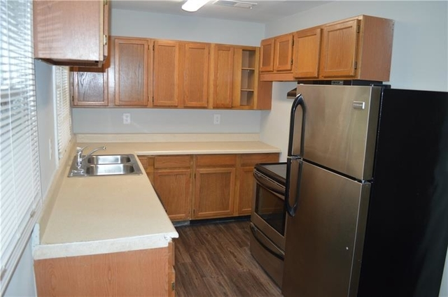 3 Bedrooms, Adamsville Rental in Atlanta, GA for $1,100 - Photo 2