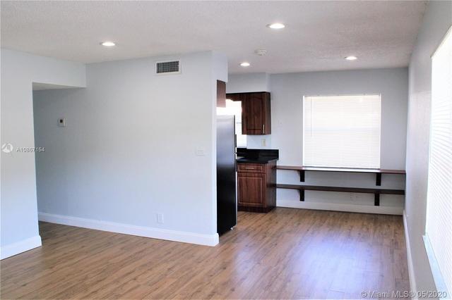 2 Bedrooms, Coral Springs Rental in Miami, FL for $1,550 - Photo 2