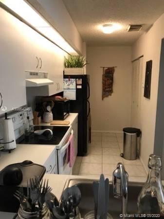 1 Bedroom, Country Lake Rental in Miami, FL for $1,325 - Photo 2