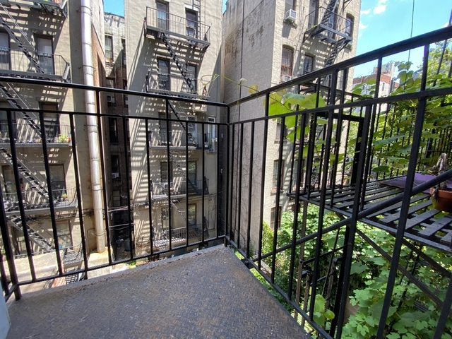 3 Bedrooms, Chelsea Rental in NYC for $4,487 - Photo 1