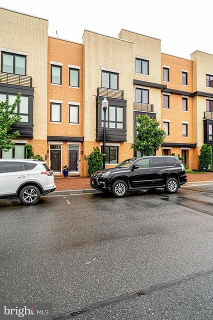 4 Bedrooms, Potomac Yard - Potomac Greens Rental in Washington, DC for $5,450 - Photo 1