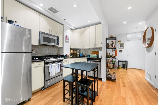 3 Bedrooms, Greenwich Village Rental in NYC for $5,377 - Photo 1