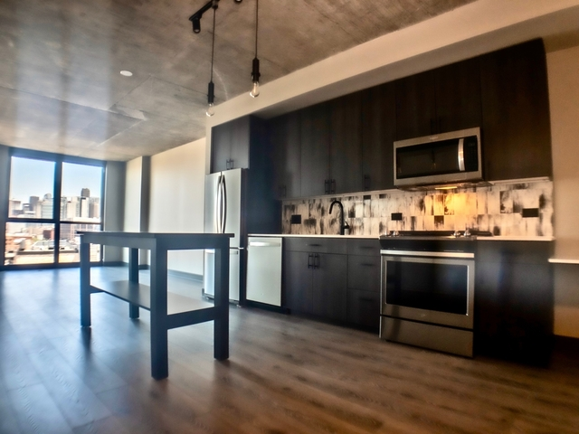 1 Bedroom, Fulton Market Rental in Chicago, IL for $2,711 - Photo 1