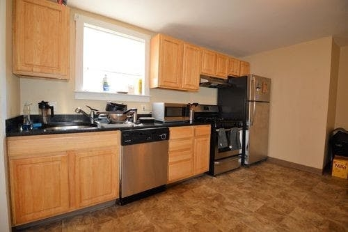 3 Bedrooms, D Street - West Broadway Rental in Boston, MA for $3,150 - Photo 2