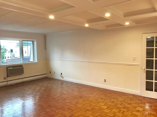 1 Bedroom, Woodside Rental in NYC for $2,250 - Photo 2