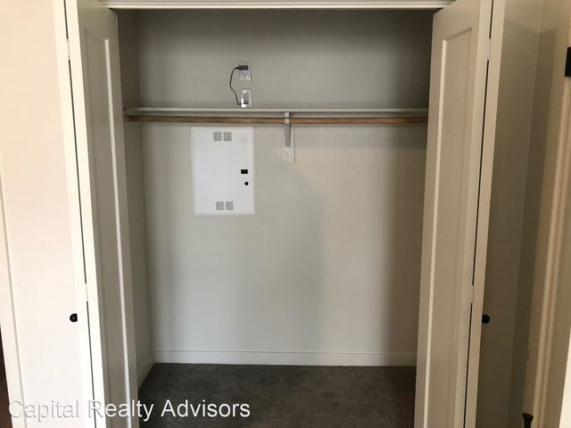 1 Bedroom, Playhouse District Rental in Los Angeles, CA for $2,550 - Photo 2