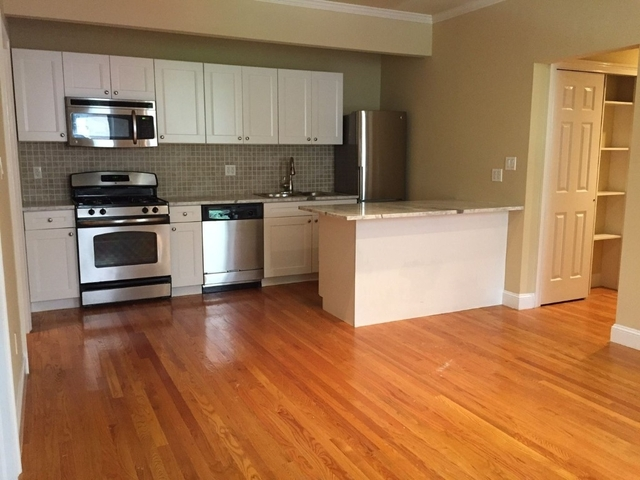 3 Bedrooms, Murray Hill Rental in NYC for $4,250 - Photo 1