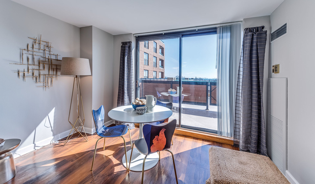 1 Bedroom, Evanston Rental in Chicago, IL for $1,884 - Photo 2