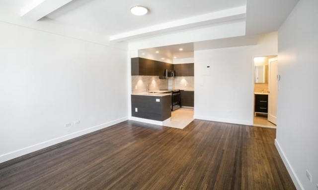 3 Bedrooms, Lincoln Square Rental in NYC for $8,290 - Photo 2
