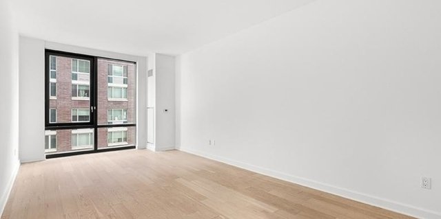 Studio, Lincoln Square Rental in NYC for $2,890 - Photo 2