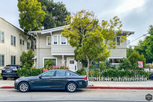2 Bedrooms, Ocean Park Rental in Los Angeles, CA for $4,800 - Photo 1