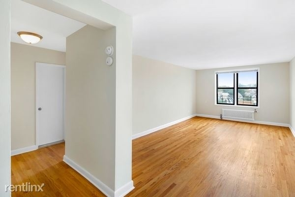 1 Bedroom, Elmhurst Rental in NYC for $1,995 - Photo 1
