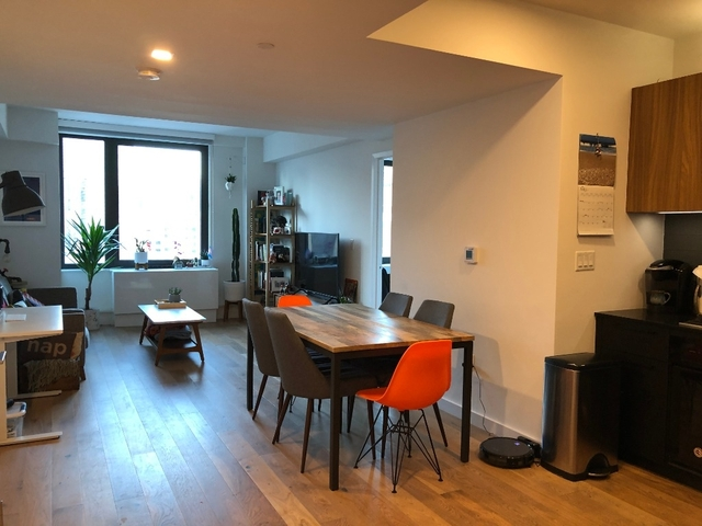 1 Bedroom, Hell's Kitchen Rental in NYC for $4,795 - Photo 2