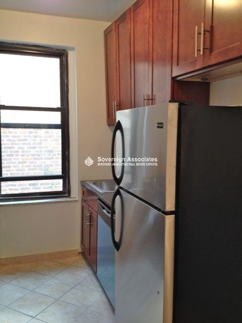 2 Bedrooms, Fort George Rental in NYC for $2,195 - Photo 2