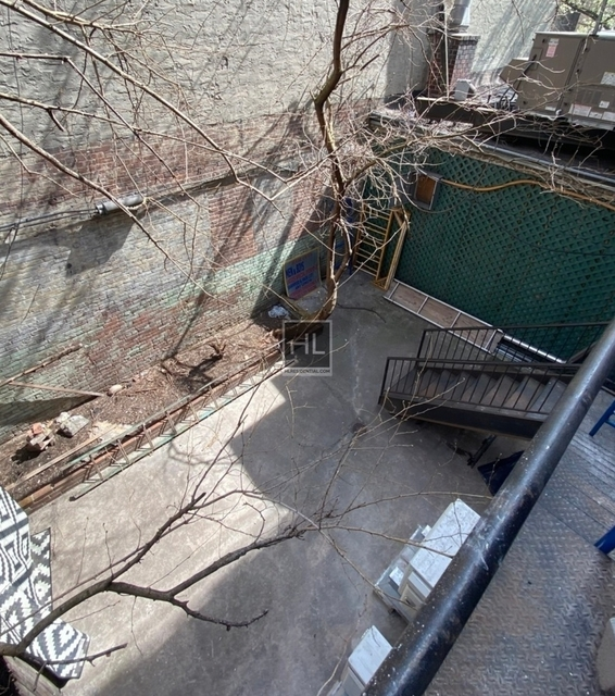 3 Bedrooms, Yorkville Rental in NYC for $4,250 - Photo 1