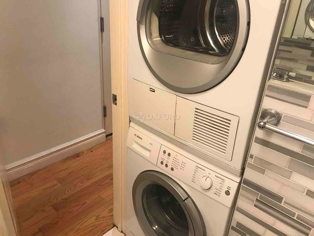 4 Bedrooms, Hell's Kitchen Rental in NYC for $5,534 - Photo 1