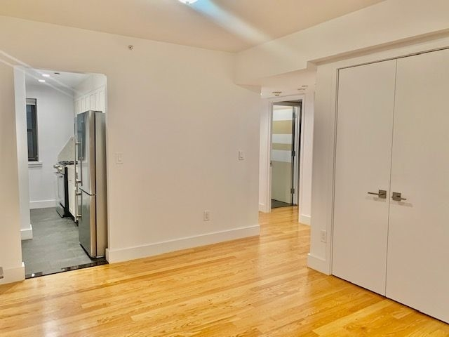 2 Bedrooms, Lincoln Square Rental in NYC for $5,354 - Photo 2