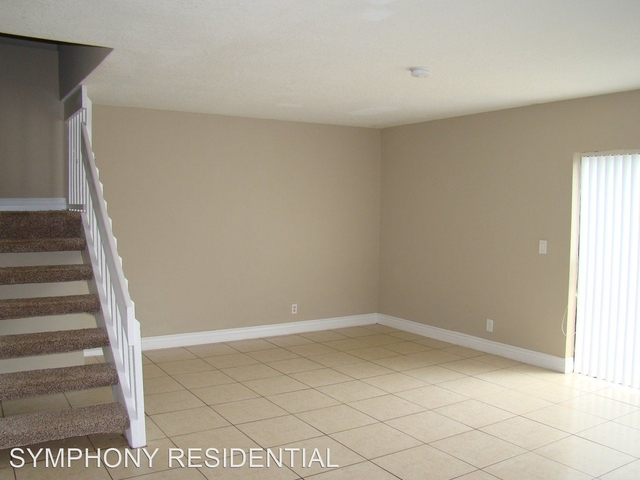 3 Bedrooms, Country Club Rental in Miami, FL for $1,915 - Photo 2