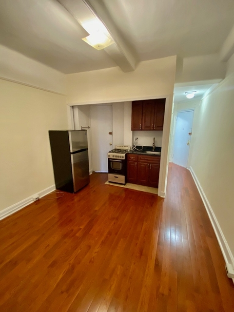 1 Bedroom, Lincoln Square Rental in NYC for $2,450 - Photo 2