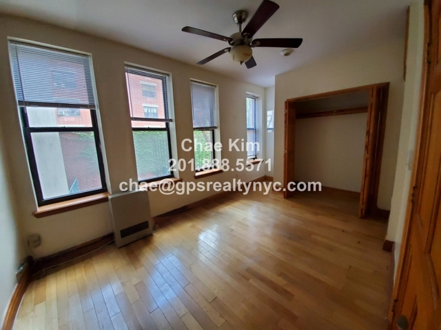 2 Bedrooms, Alphabet City Rental in NYC for $3,195 - Photo 2
