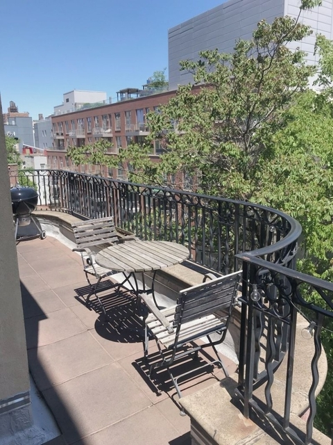 1 Bedroom, Alphabet City Rental in NYC for $4,199 - Photo 2