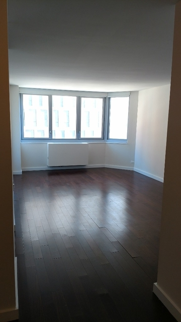 2 Bedrooms, Murray Hill Rental in NYC for $2,820 - Photo 2