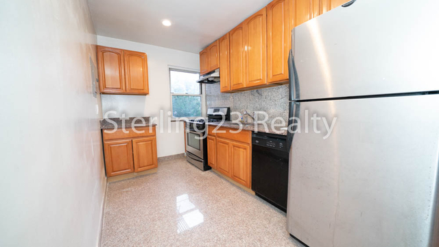 2 Bedrooms, Ditmars Rental in NYC for $2,800 - Photo 1