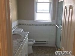 3 Bedrooms, Old Howard Beach Rental in NYC for $2,500 - Photo 1