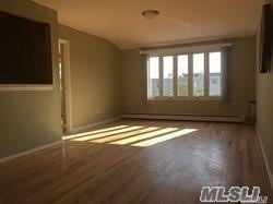 3 Bedrooms, Old Howard Beach Rental in NYC for $2,500 - Photo 2
