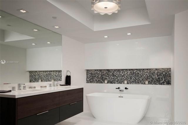 3 Bedrooms, Tatum's Ocean Beach Park Rental in Miami, FL for $6,900 - Photo 2
