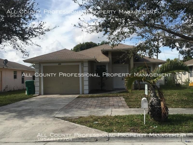 3 Bedrooms, Pleasant Heights Rental in Miami, FL for $1,650 - Photo 1