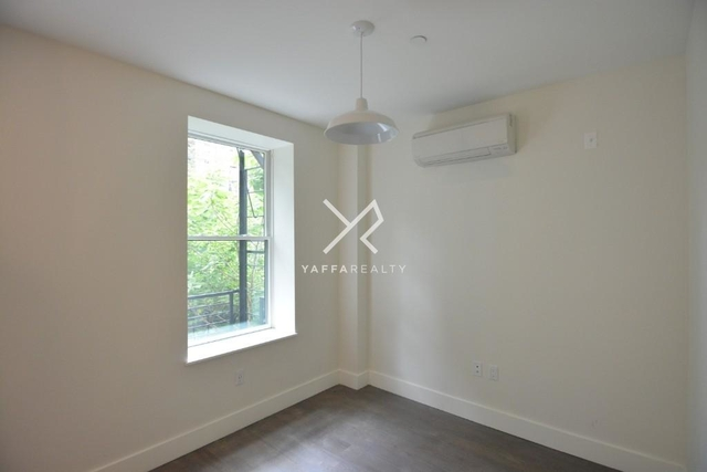 1 Bedroom, Crown Heights Rental in NYC for $2,383 - Photo 2