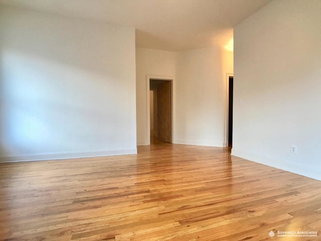 3 Bedrooms, Upper West Side Rental in NYC for $4,000 - Photo 2