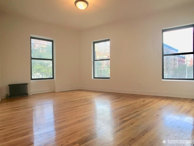 3 Bedrooms, Upper West Side Rental in NYC for $4,000 - Photo 1