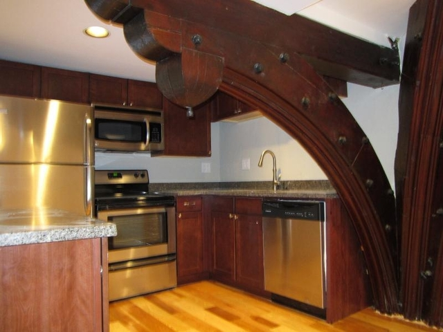 2 Bedrooms, Prospect Hill Rental in Boston, MA for $3,100 - Photo 2