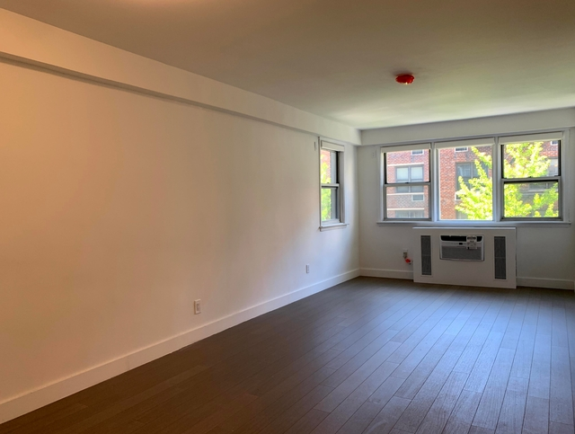 4 Bedrooms, Rose Hill Rental in NYC for $7,995 - Photo 2